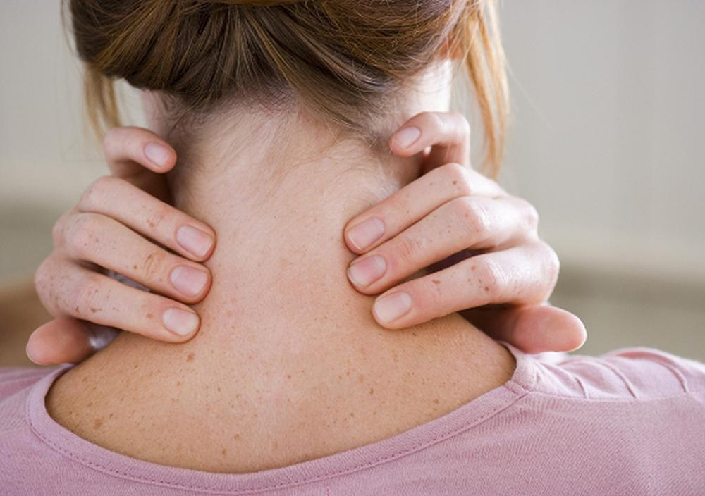 сквозняк не провоцирует заболевание, но он создает губительный для здоровья перепад температур