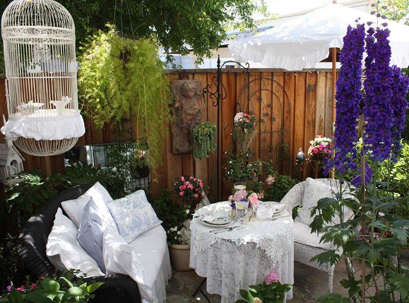 Мебель и предметы декора в ландшафтном дизайне