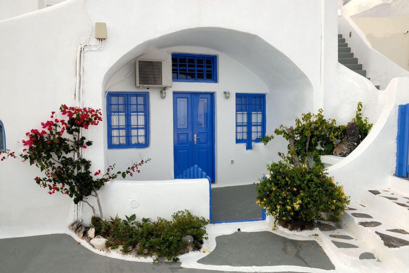 вход в греческий дом