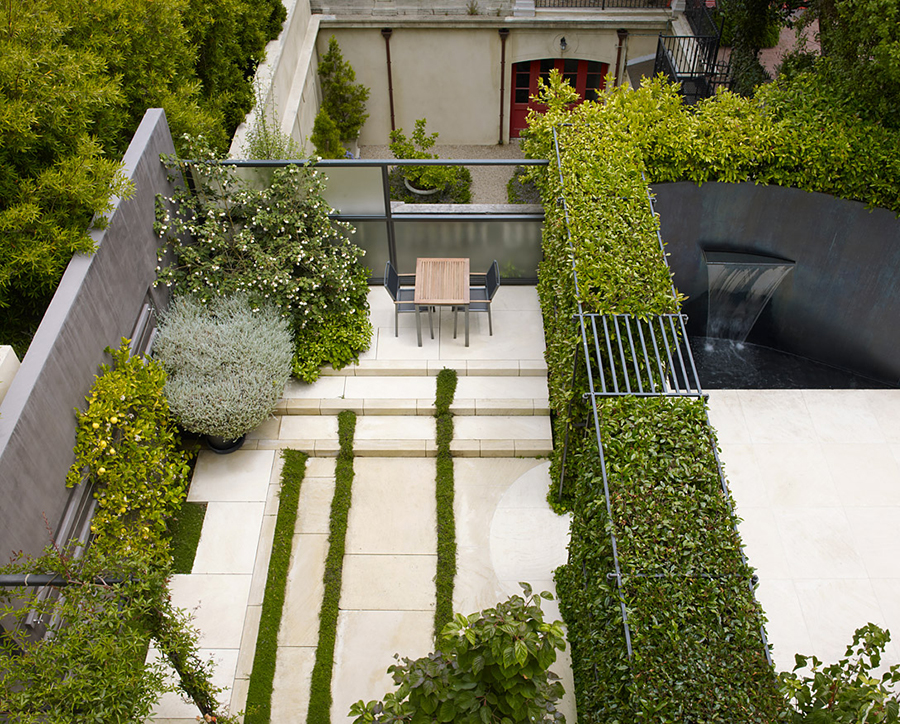 Ландшафтный дизайн требует внимания и планировки.