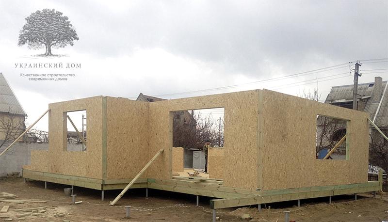 """Канадский дом из сип панелей объект компании """"Украинский дом"""" Каховка Солнечная - первый этаж готов!"""