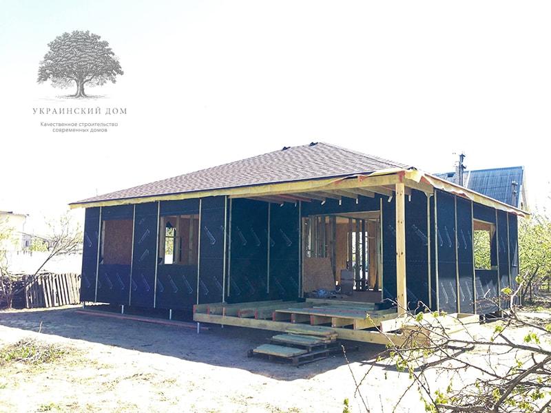 """Канадский дом из сип панелей объект компании """"Украинский дом"""" Каховка Солнечная - подготовка к фасадной отделке"""