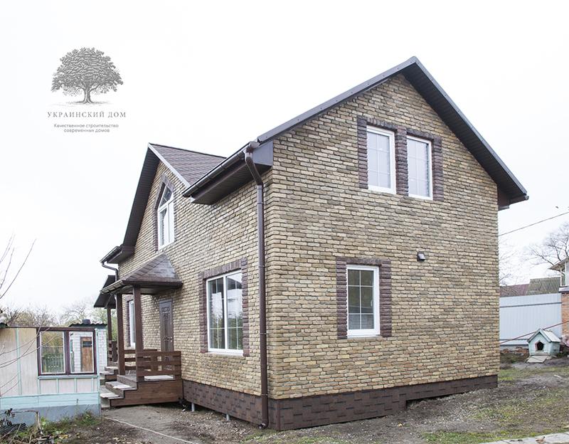 """Готовый фасад - вид сбоку - канадский дом из сип панелей в Миргороде - готовые объекты строительной компании """"Украинский дом"""""""