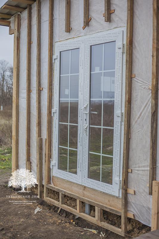 """Канадский дом из сип панелей - объект компании """"Украинский дом"""" в с. Курортное - двери пристройки"""
