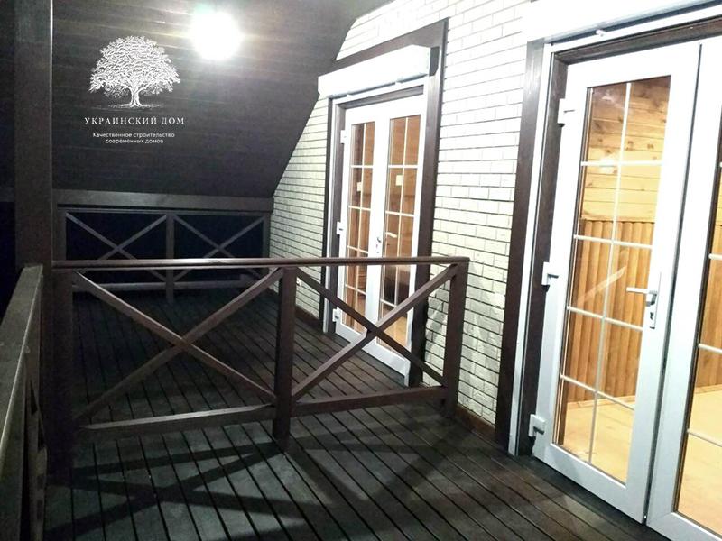 """Канадский дом из сип панелей - объект компании """"Украинский дом"""" в с. Курортное - балкон второго этажа"""