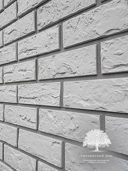 """Канадский дом из сип панелей - объект компании """"Украинский дом"""" в с. Курортное - выбранная фасадная оделка - цокольный сайдинг"""