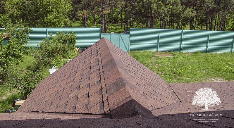 """Канадский дом из сип панелей - объект компании """"Украинский дом"""" в Запорожье - закончили крыть крышу"""