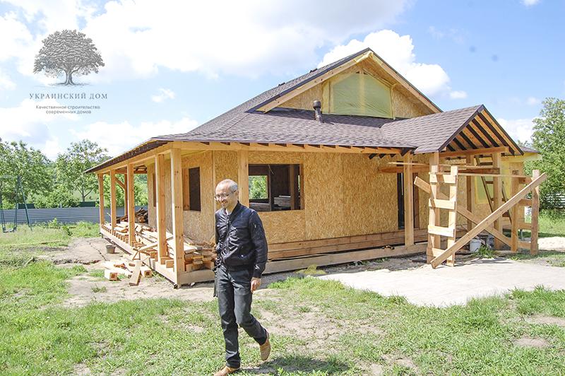 """Канадский дом из сип панелей - объект компании """"Украинский дом"""" в Запорожье - дом ждет окон"""