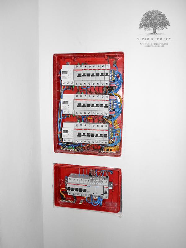 """Канадский дом из сип панелей - объект компании """"Украинский дом"""" в Запорожье - монтаж электросистемы"""
