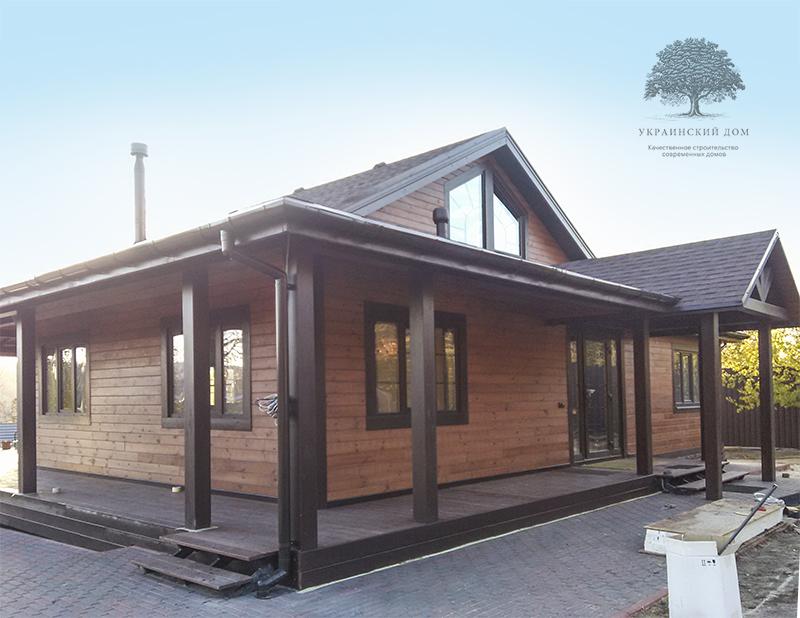"""Канадский дом из сип панелей - объект компании """"Украинский дом"""" в Запорожье - готовый дом вид с угла на фасад"""