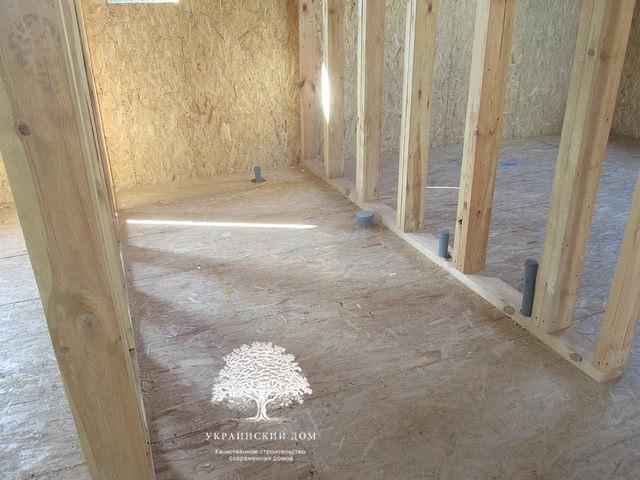 Канадский дом под ключ из сип панелей в Запорожье - каркас межкомнатных перегородок
